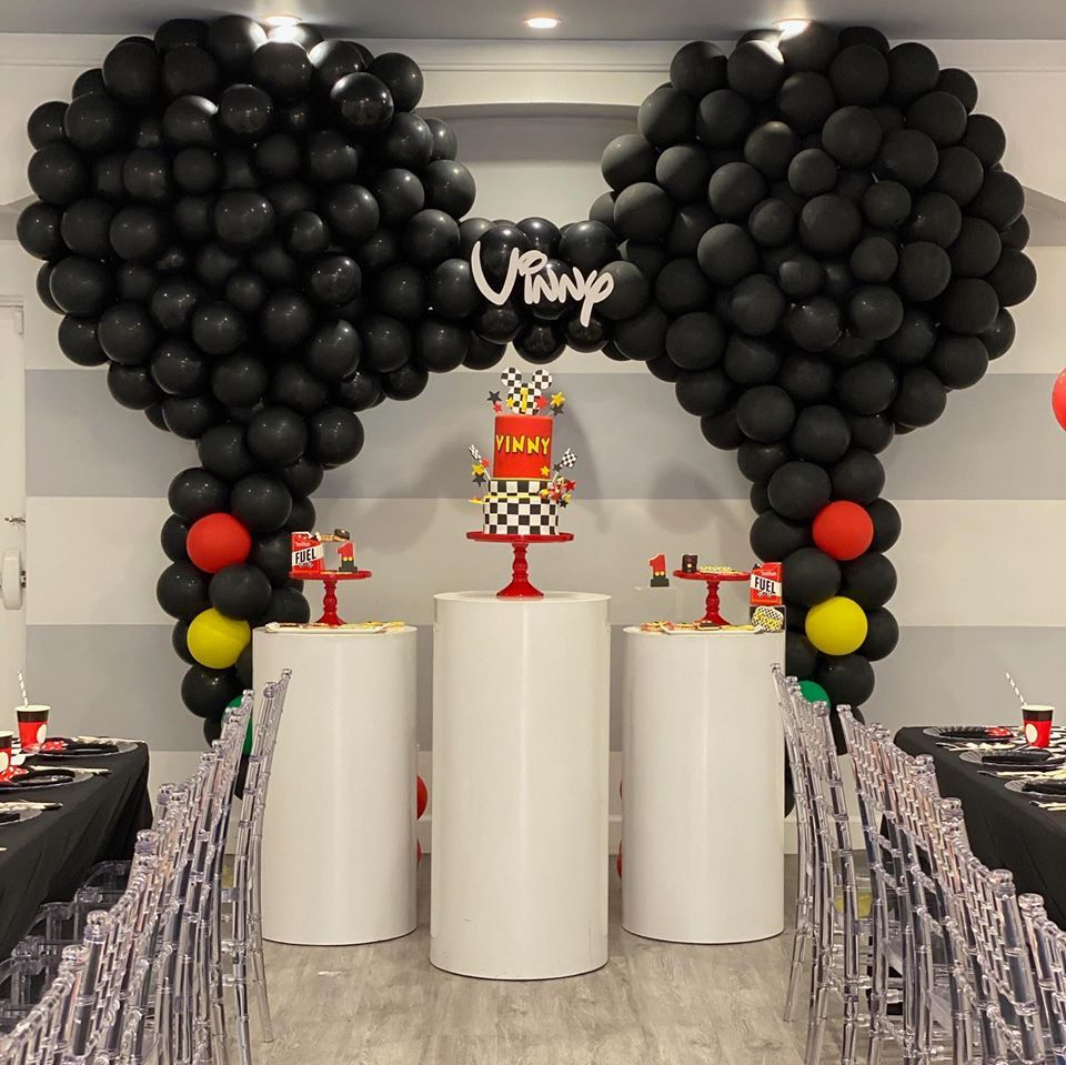 Mickey Mouse Car themed balloon arch highlights 1st Birthday party in Tarzana Ca...Party Blitz can create balloon décor for your next party! #mickeymousebirthdaypartyideas1st