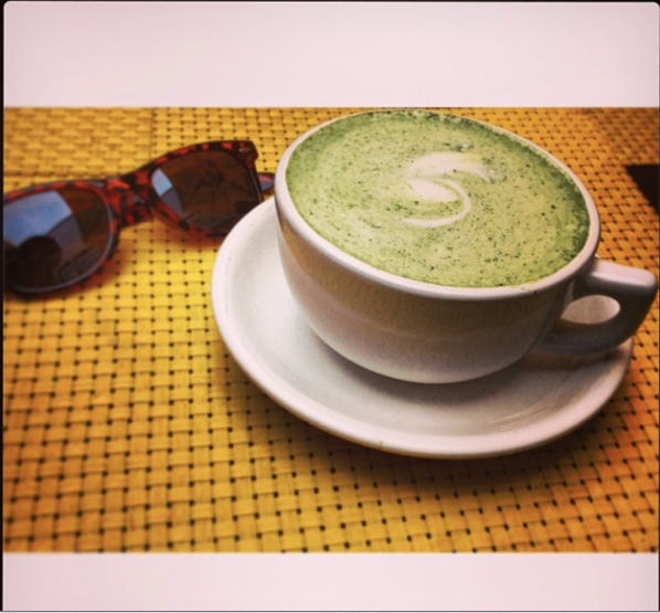 A chic afternoon at Scarlett Begonia's can only mean a Mizuba Matcha latte made with house-made vanilla syrup. www.mizubatea.com