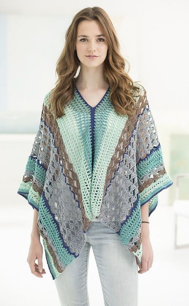 Flatter Your Figure with these Free Crochet Poncho Patterns | Free ...