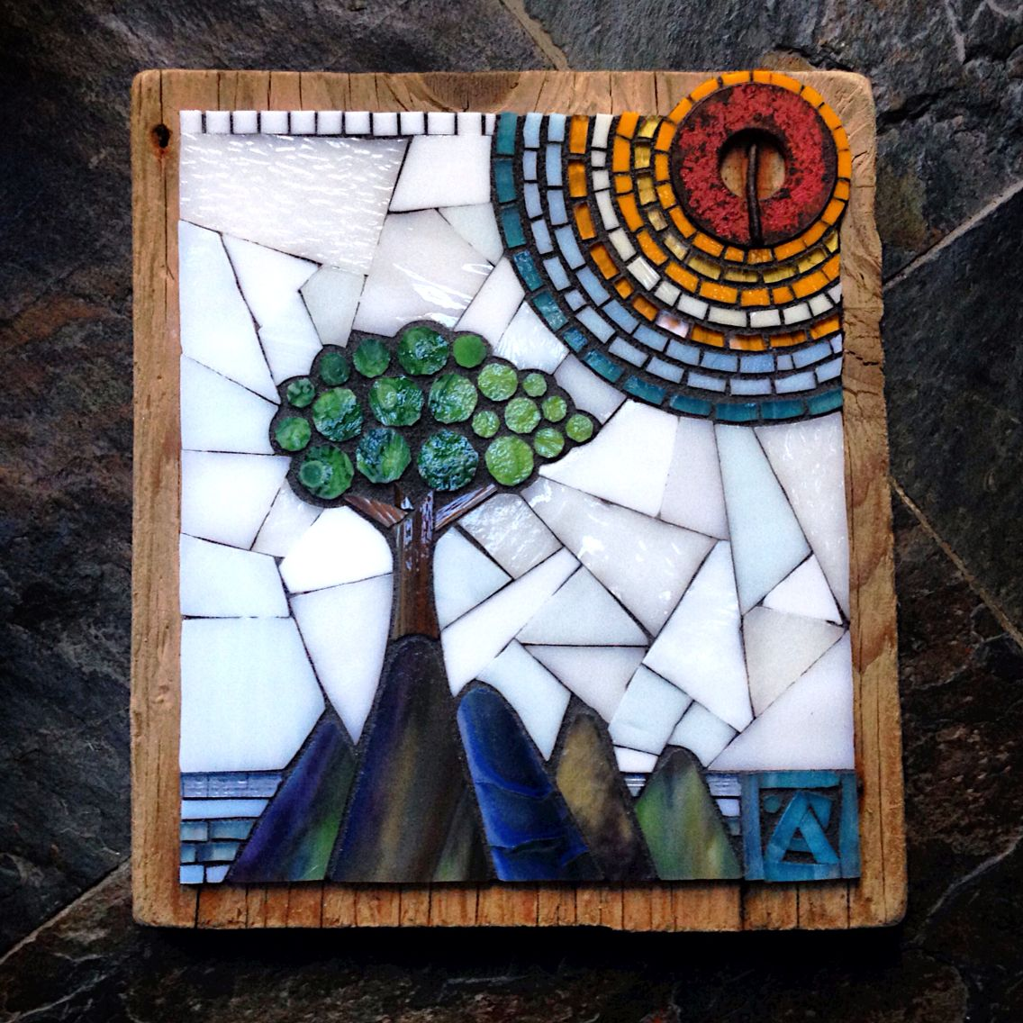 Anne Marie Price mosaic #mosaic #AnneMariePrice #AMPart #AMP #stainedglass #tree #island #LA #CA
