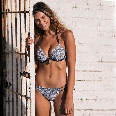 b8738500cb Women s Shore Light Lift Textured Bikini Top - Shade   Shore Black Geo 38DDD