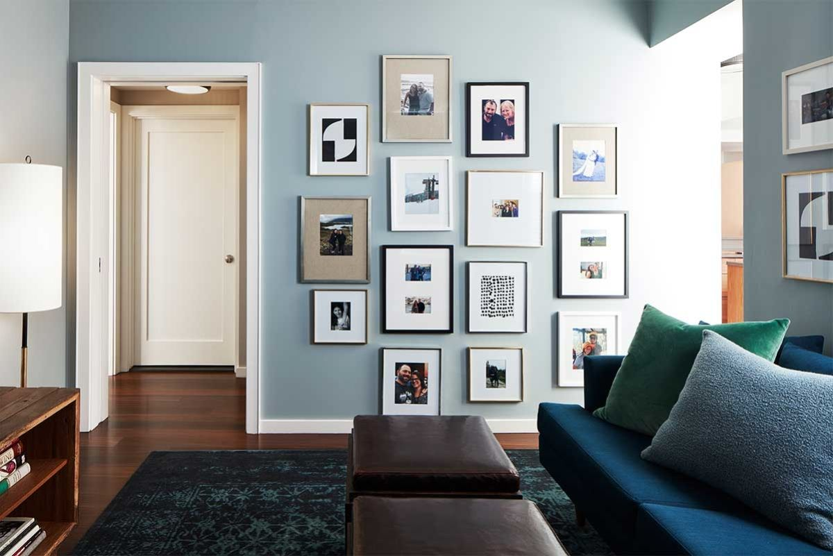 New York Vibes Interior Design Gallery Wall Simple Living Room