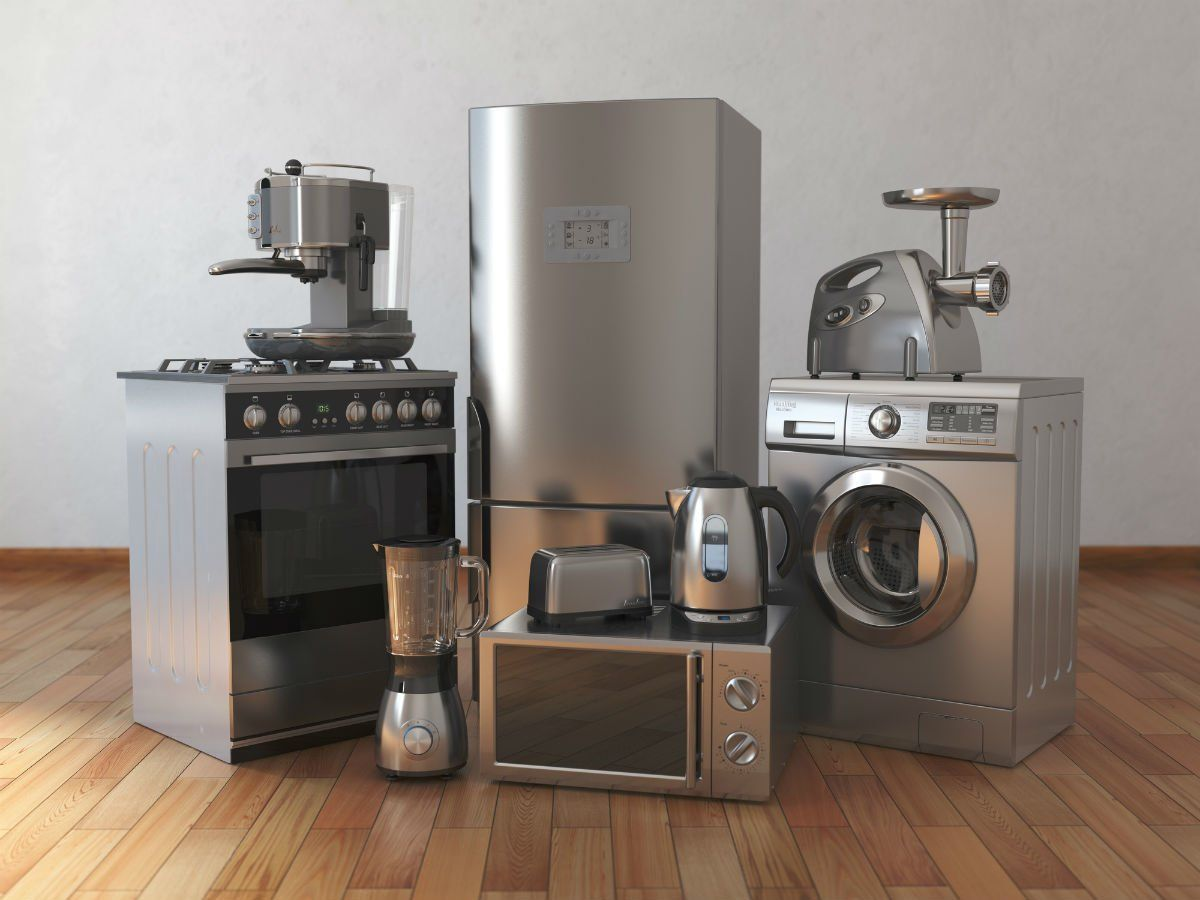 The Best Time To Buy Appliances At A Discount Solved Q I Want To Replace A Few Aging Appliances Witho Buying Appliances Home Appliances Buy Kitchen
