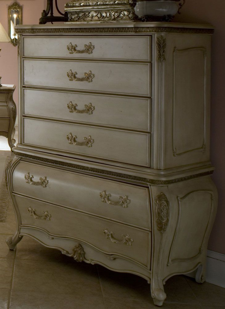 Best Lavelle Six Drawer Chest By Michael Amini 6 Drawer Chest 400 x 300