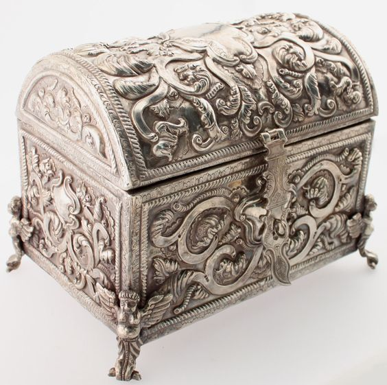 Sterling Silver Ornate Heavily Chased Treasure Chest Style Jewelry