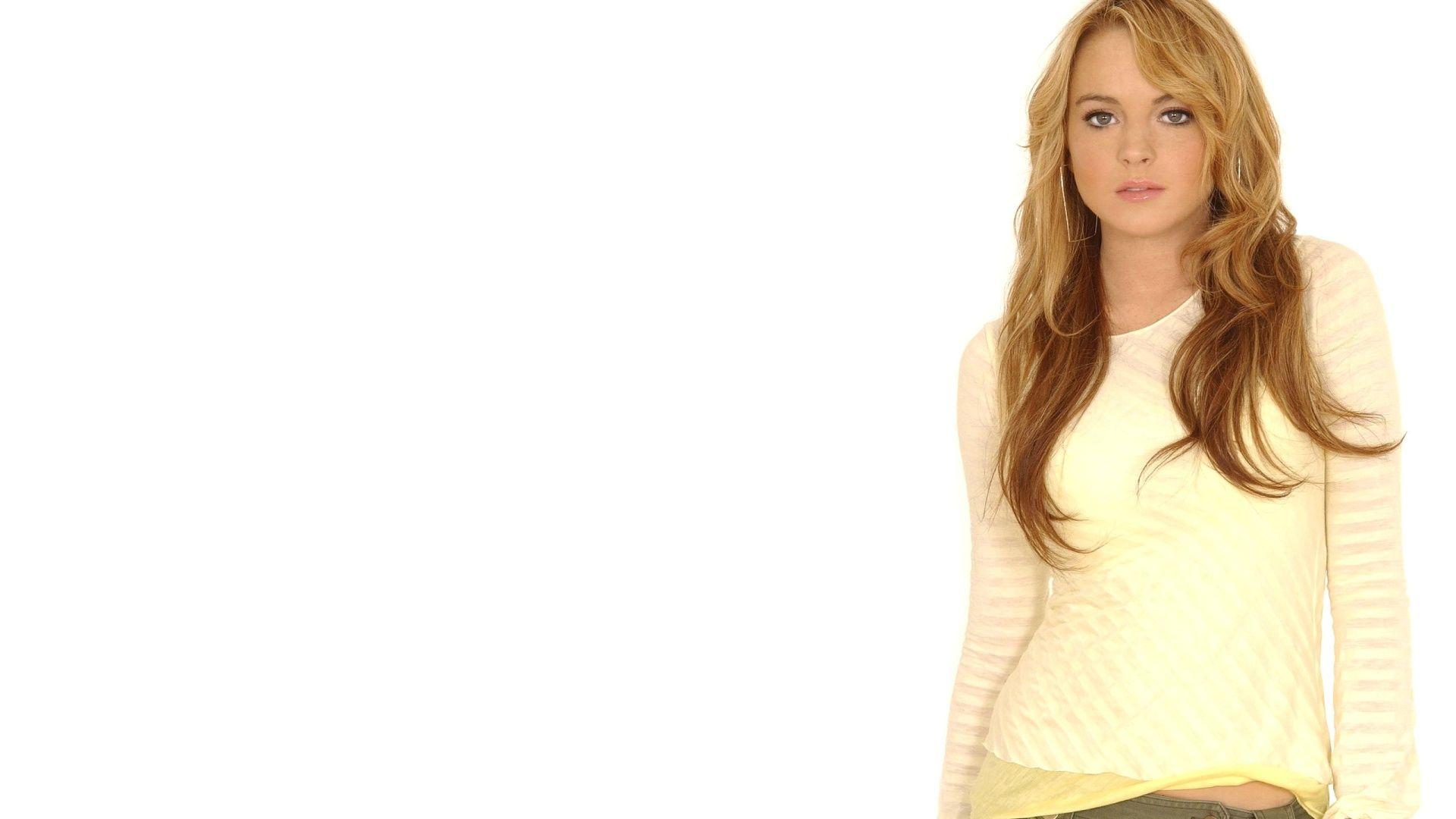 Lindsay Oops nipple wallpaper slip lohan