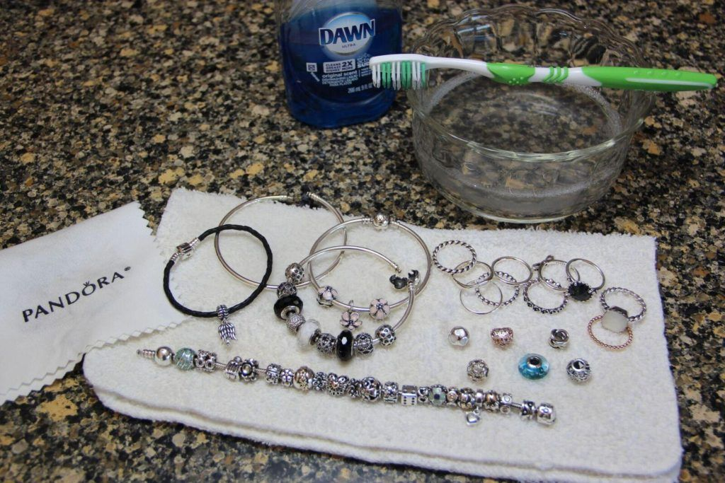 How to Clean and Maintain PANDORA Jewelry Cleaning