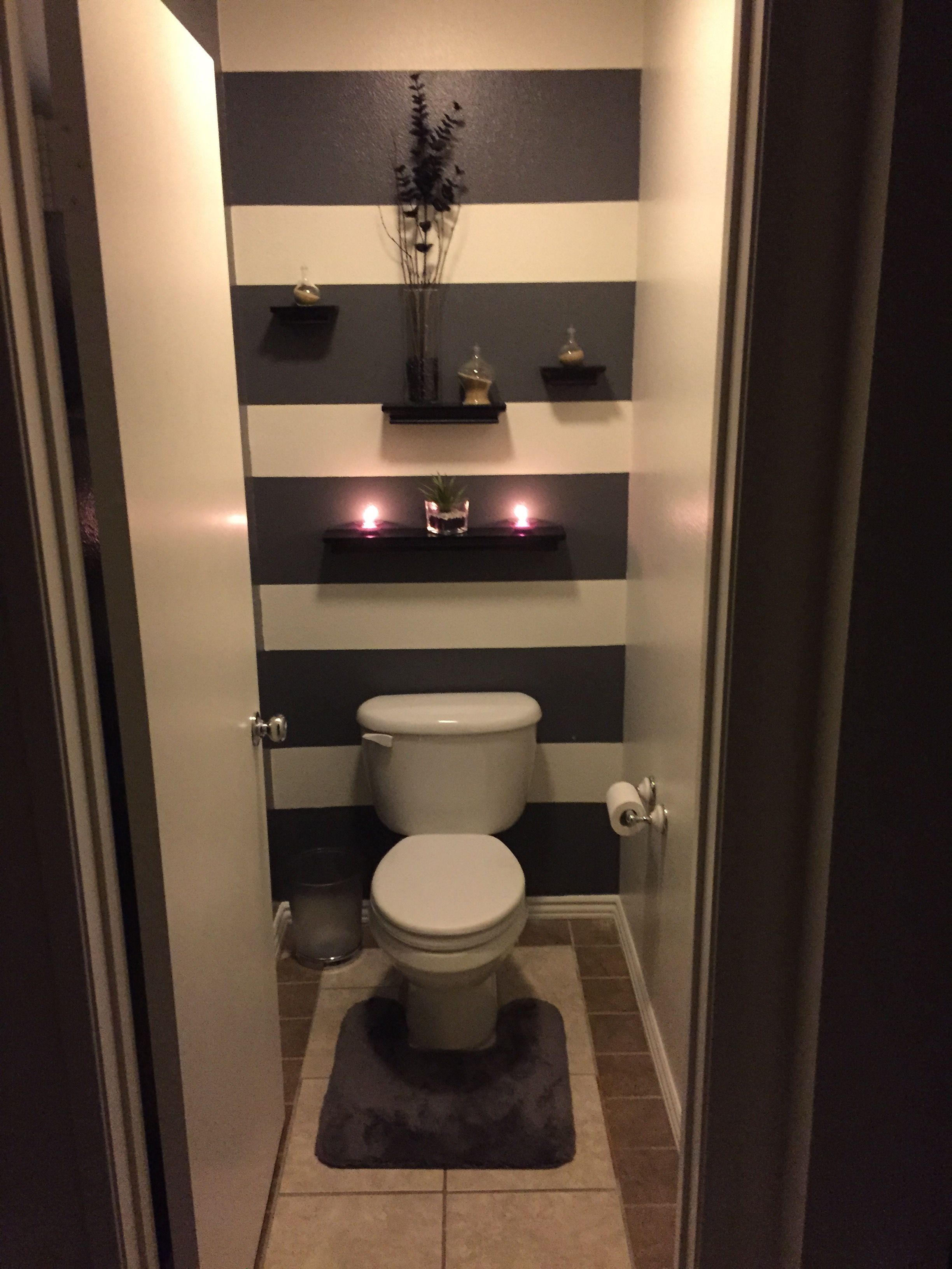 Do a light & dark shade of the same color | Bathroom layout ...