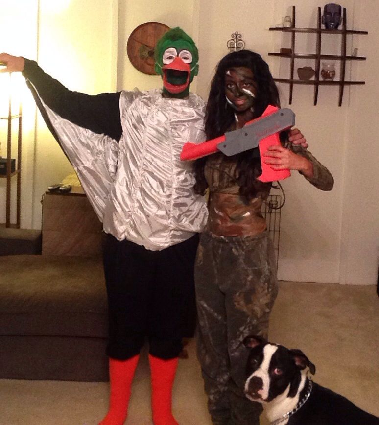 0c2e6ae405d63 Homemade Halloween Costumes for Couple Nintendo Duck Hunt- Hunter, Duck,  and Dog