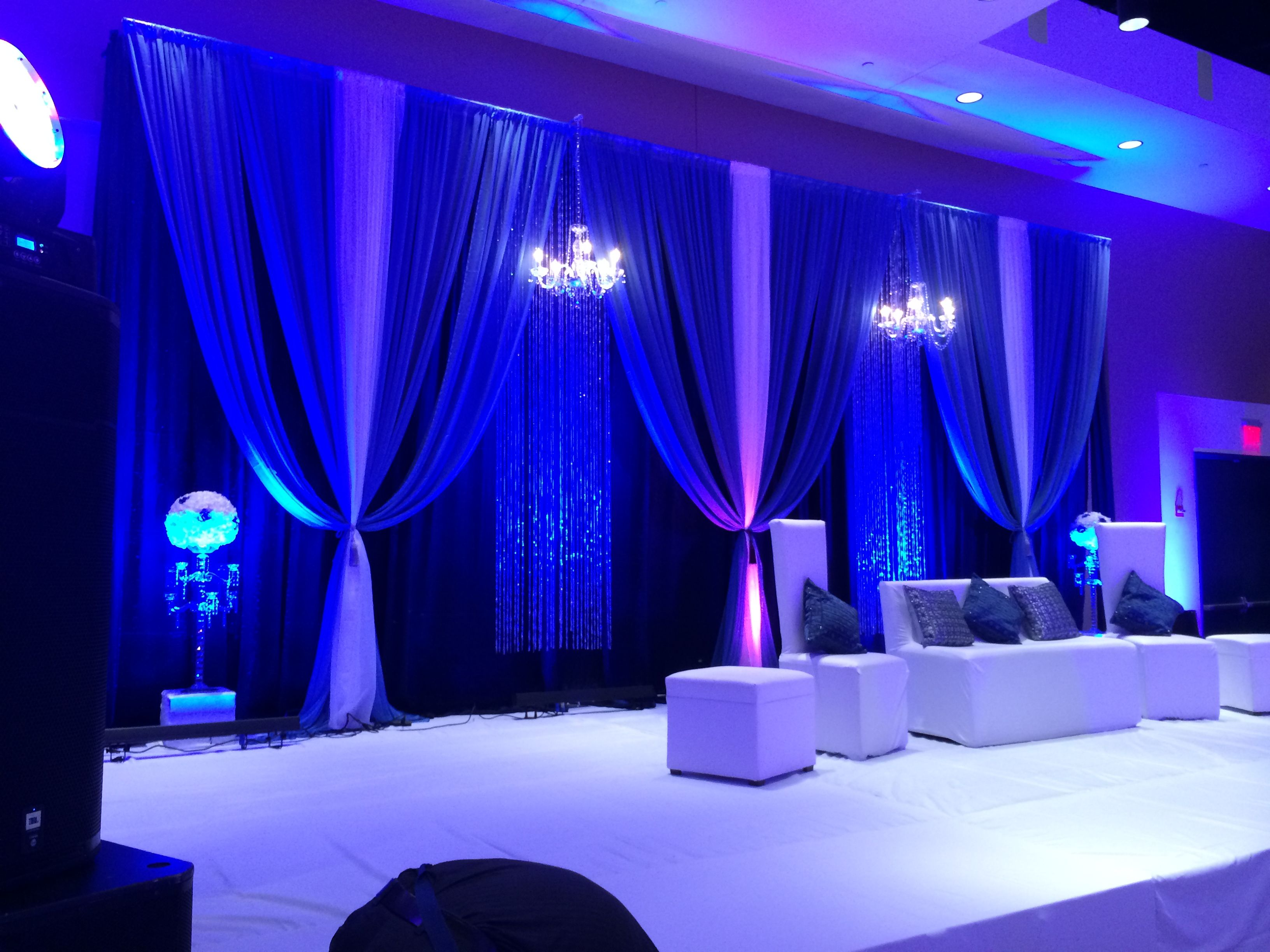 Wedding Stage With Crystal Chandelier Crystal Curtains