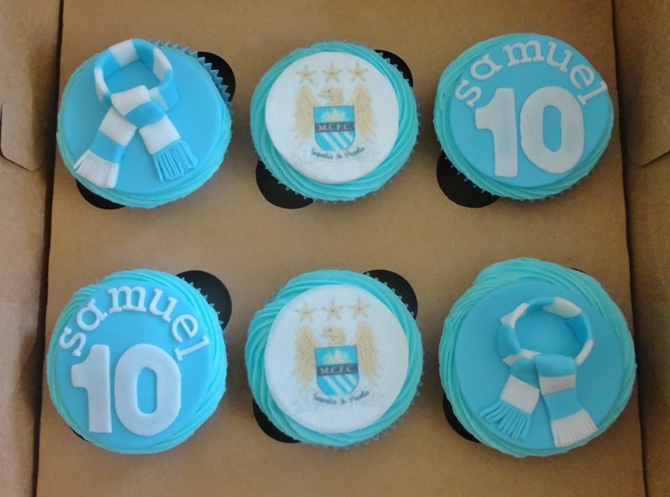 manchester city cupcakes (With images) | City cake, Cake ...