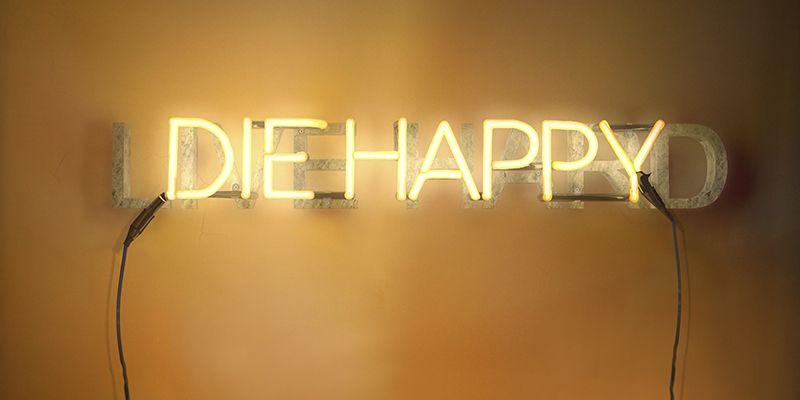 LIVE-HARD-DIE-HAPPY. YENY CASANUEVA Y ALEJANDRO GONZALEZ. PROYECTO PROCESUAL ART