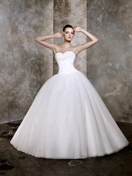 Super cheap wedding dresses! Perfect for a tight budget or finding ...