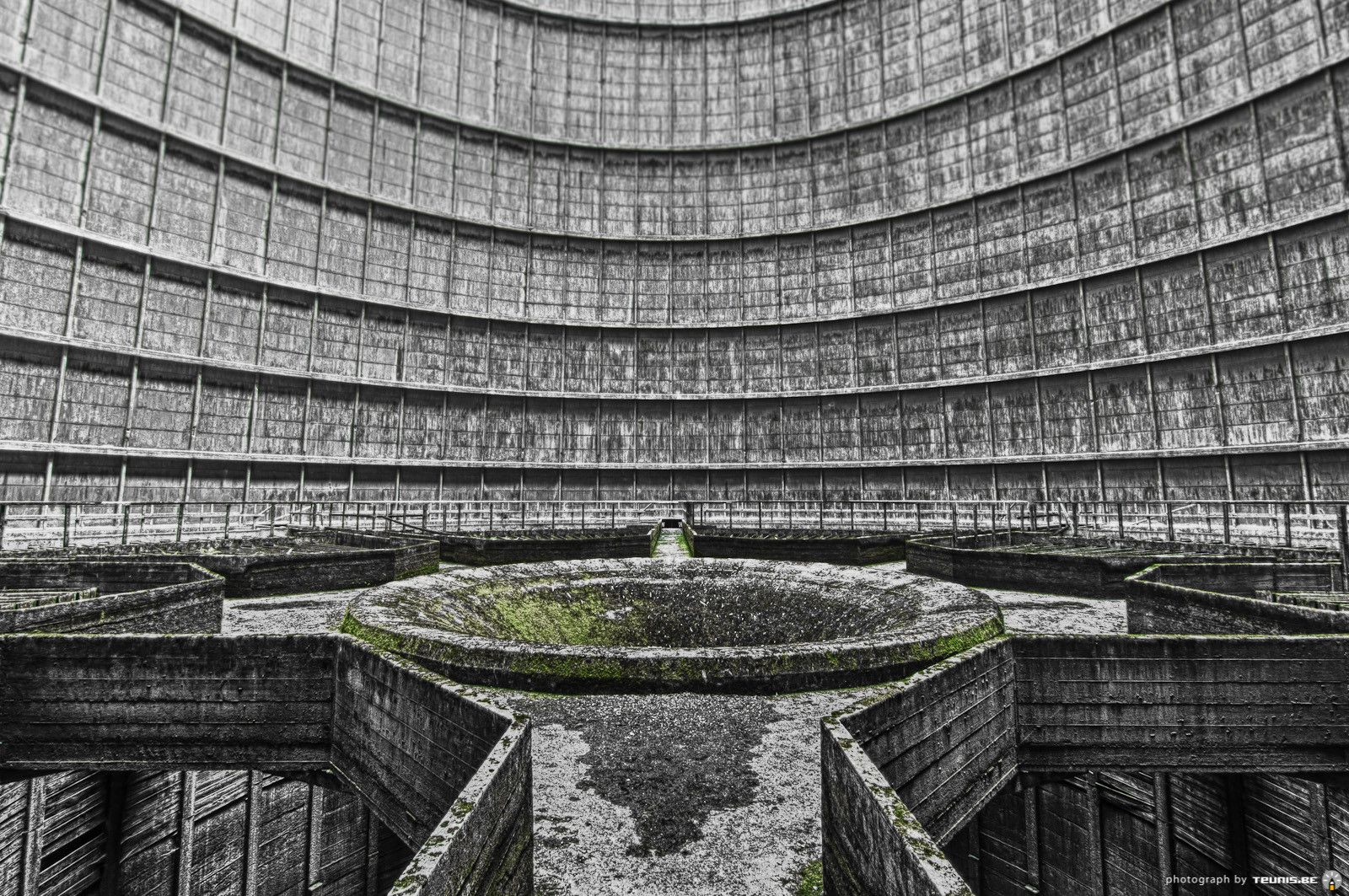 Inside The Cooling Tower Be 1600x1063 Oc Belgium Cooling