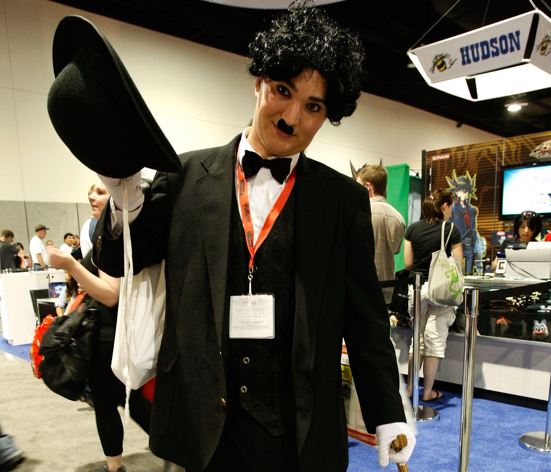 How to Make a Charlie Chaplin Costume | Charlie chaplin costume ...