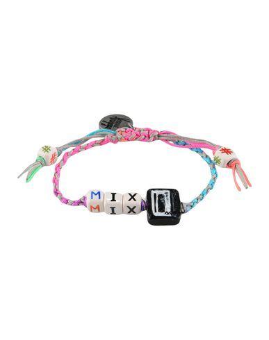 Venessa Arizaga Women Bracelet on YOOX. The best online selection of Bracelets Venessa Arizaga. YOOX exclusive items of Italian and international designers - Secure payme...