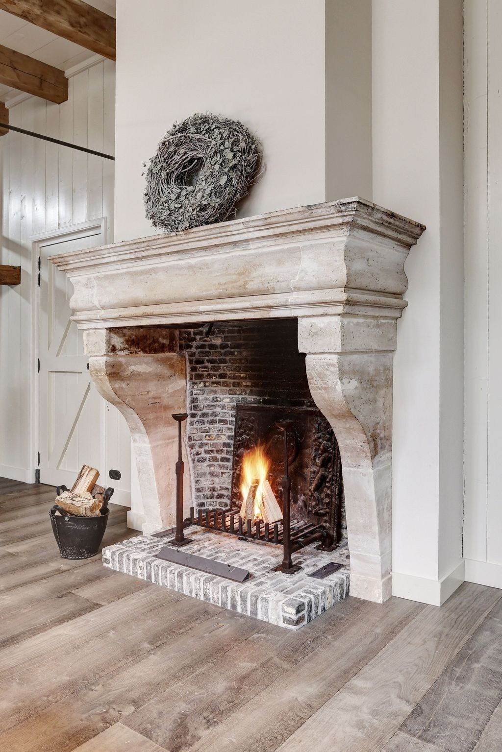 36 Impressive Fireplace Design Decoration Ideas Rustic Farmhouse Fireplace Fireplace Design Farmhouse Fireplace