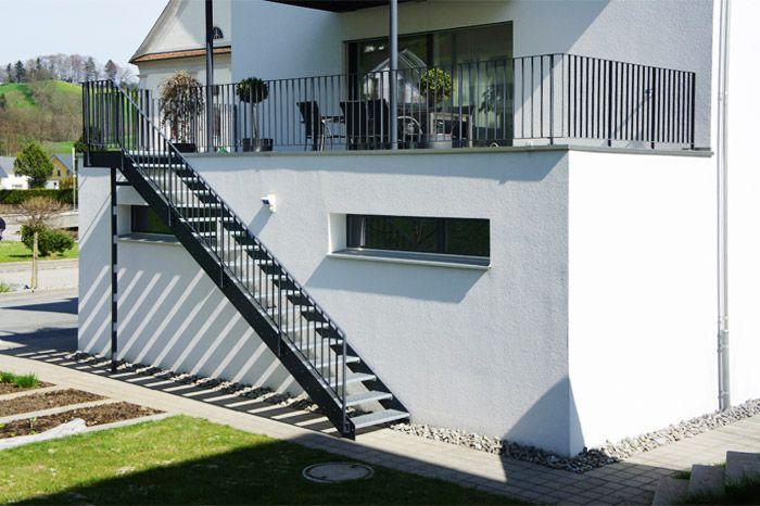 Aussentreppe Design Google Suche Wendeltreppe Aussen | Staircase Builders Near Me | Stair Treads | Stair Case | Deck | Stair Parts | Handrail