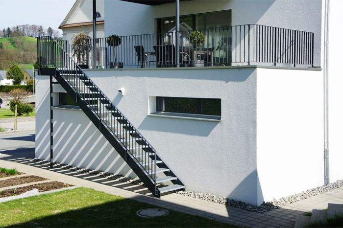 Aussentreppe Design Google Suche Wendeltreppe Aussen | Staircase Builders Near Me | Deck | Baluster | Wrought Iron | Diy Staircase | Wood
