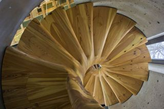 Best Spiral Staircase With A Ton Of Curves Spiral Staircase 400 x 300