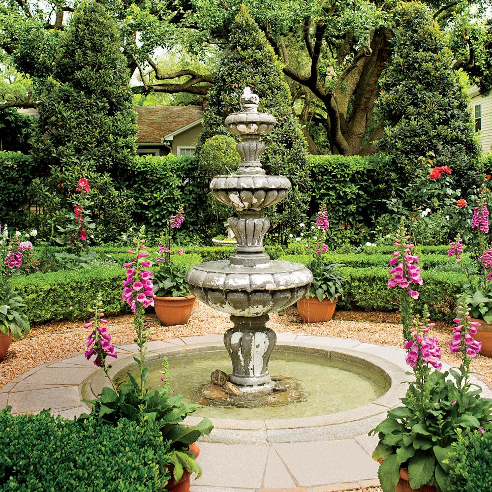 Classic Courtyards Southern living Southern and Gardens