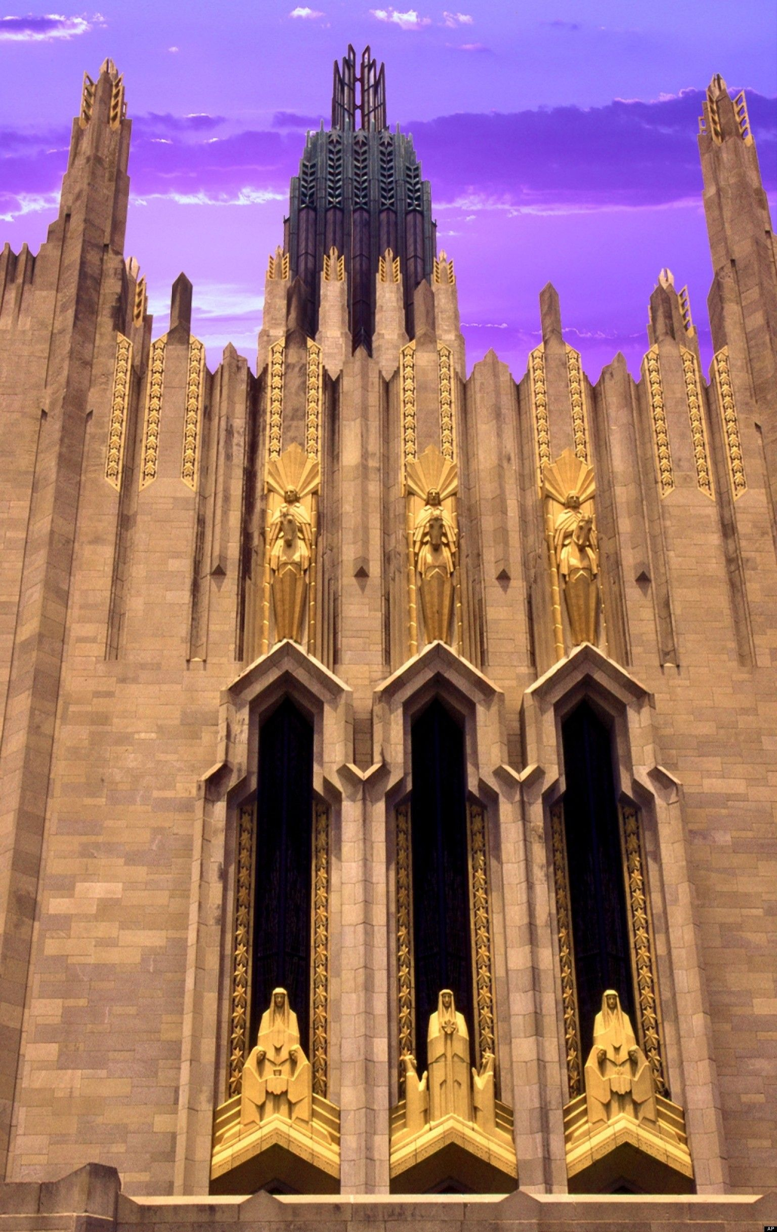 1000 images about art deco on pinterest art deco tulsa oklahoma and mumbai art deco office tower piet