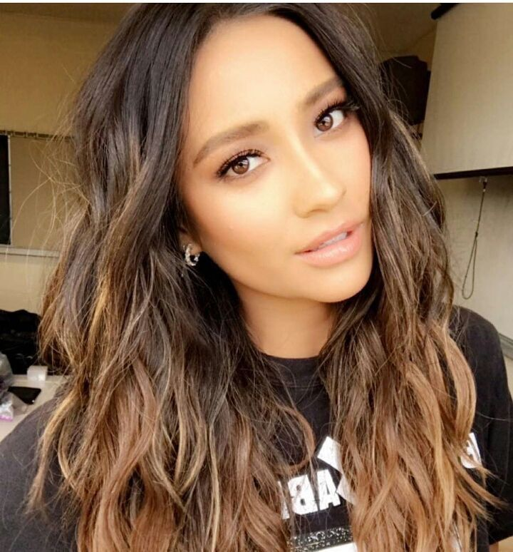 Shay Mitchell | hair in 2019 | Shay mitchell, Ombre hair, Hair