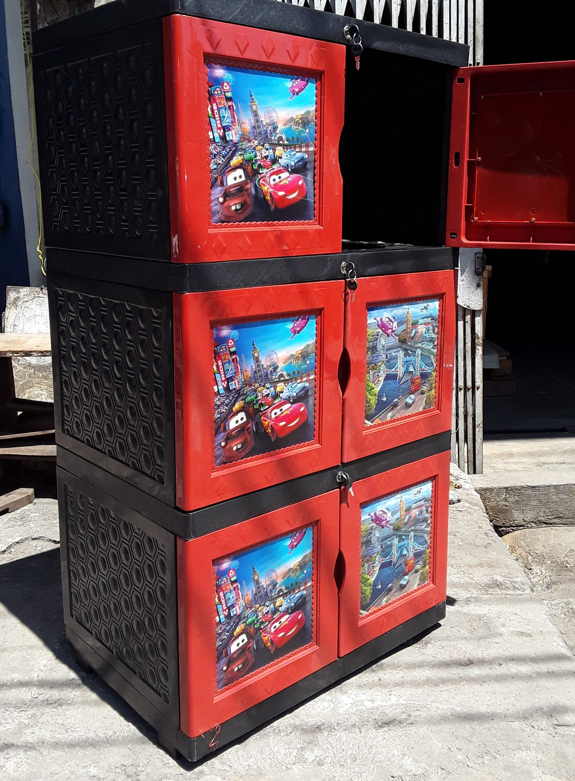 The two door stacking plastic cabinet three brands of ashtra…