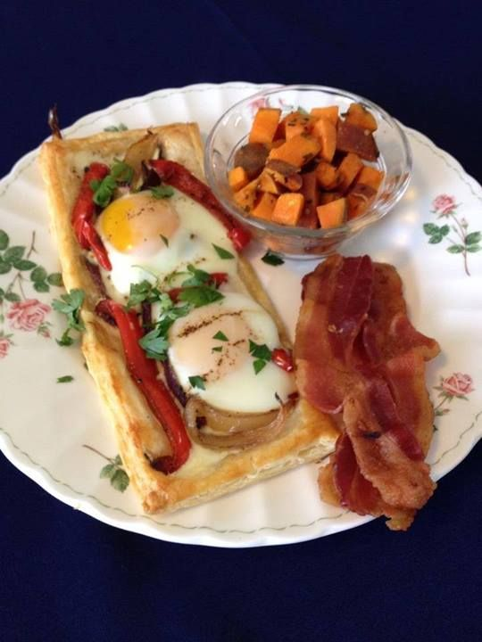 Breakfast at Sea Cliff Gardens  - Red Bell Pepper and Baked Egg Galette, Oven Roasted Sweet Potatoes with Rosemary & Hardwood Smoked Bacon - www.1bbweb.com/usa/western_usa/washington/olympic_peninsula/port_angeles/sea_cliff_gardens_bed_and_breakfast.html