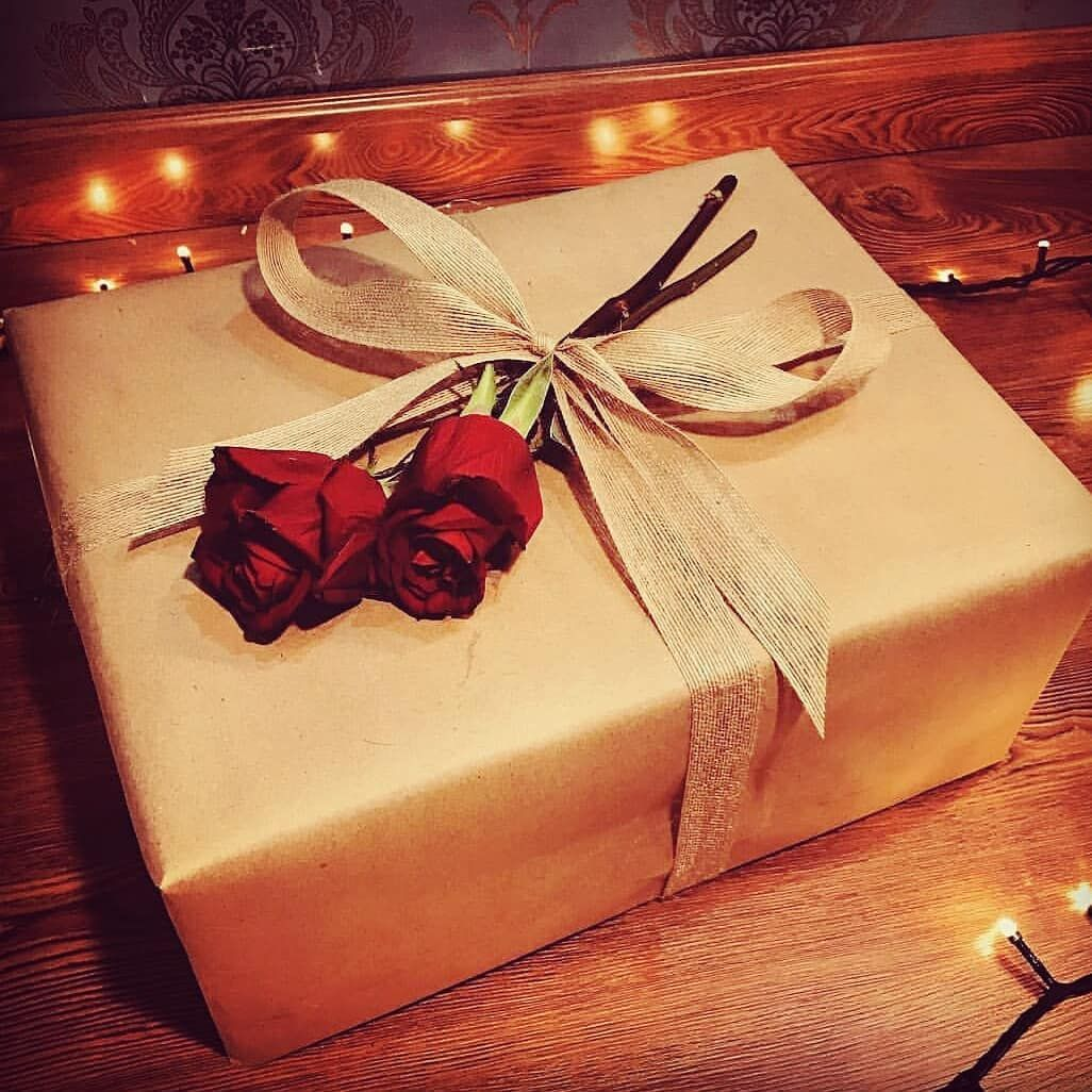 Pin By Fafa On افكار Gifts Gift Wrapping Tumblr Photography