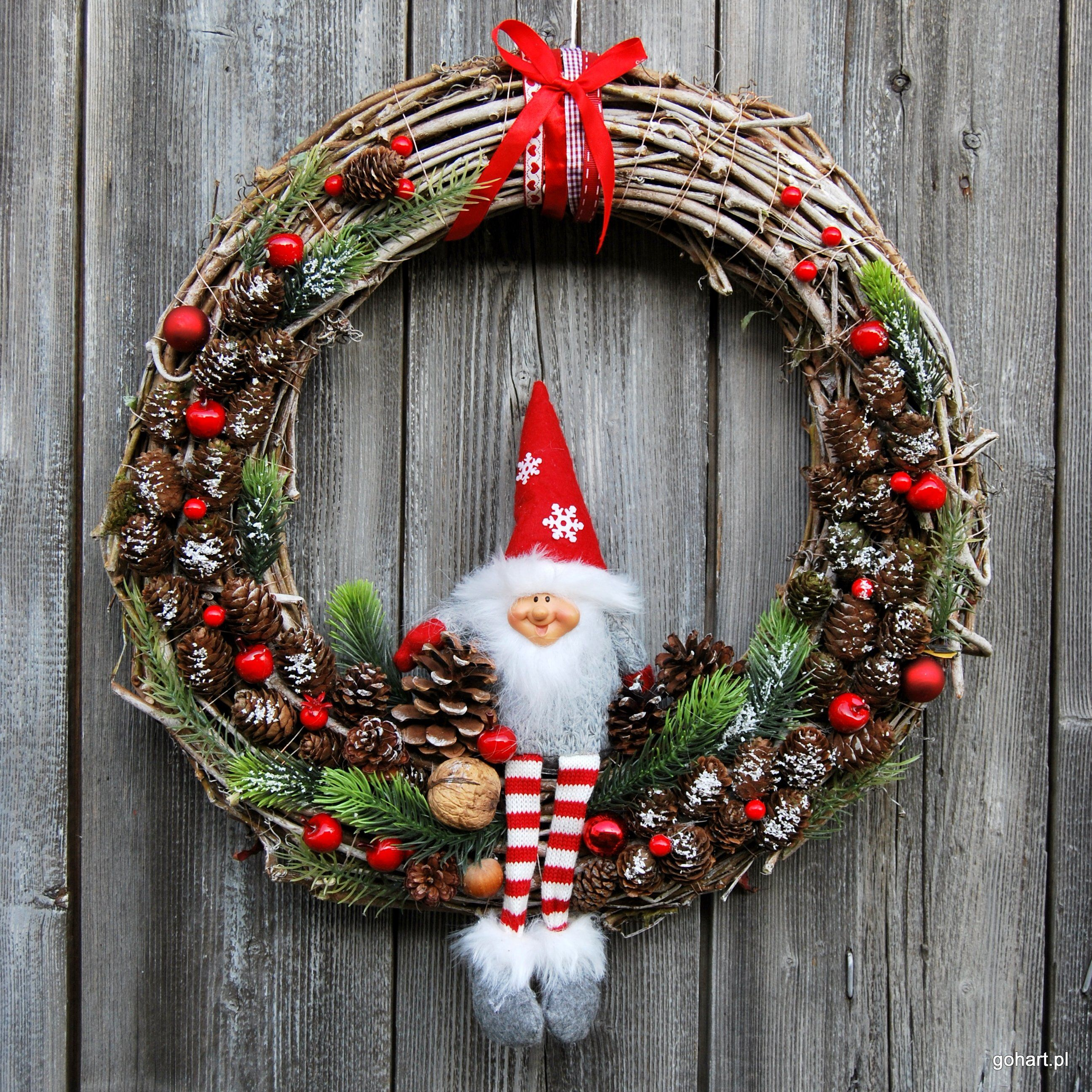 Duzy Wianek Na Drzwi Wianek Wieniec Wianek Adwentowy Wianek Dzikie Wino Wianek Lesny Skrzat De Christmas Decor Diy Chritmas Decorations Christmas Wreaths
