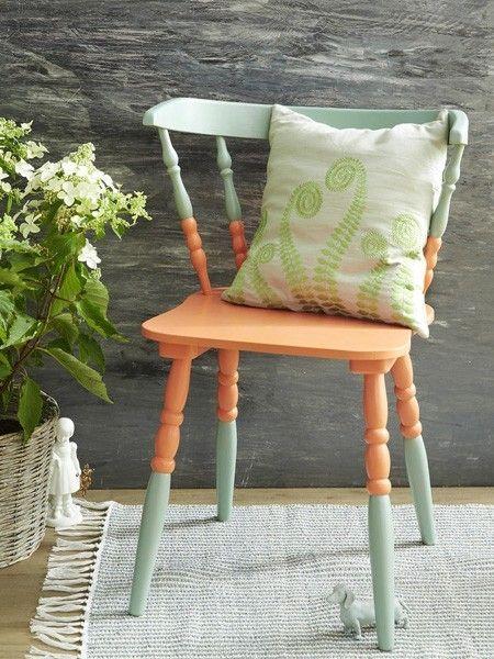 Upcycling Stühle bekommen einen neuen Anstrich Alte stühle