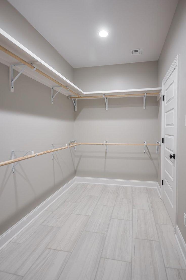 La Maison Du Dressing plan d'étage en sterling | idée déco dressing, agencement