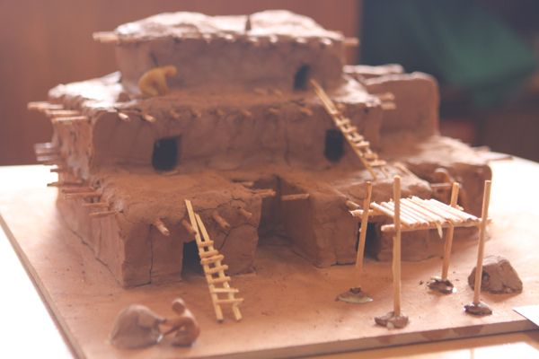 Make pueblo house school project