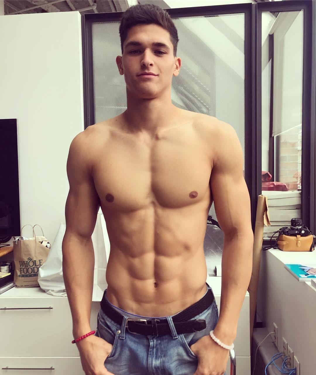 chaud latino gay sexe gratuit pleine longueur hardcore porno