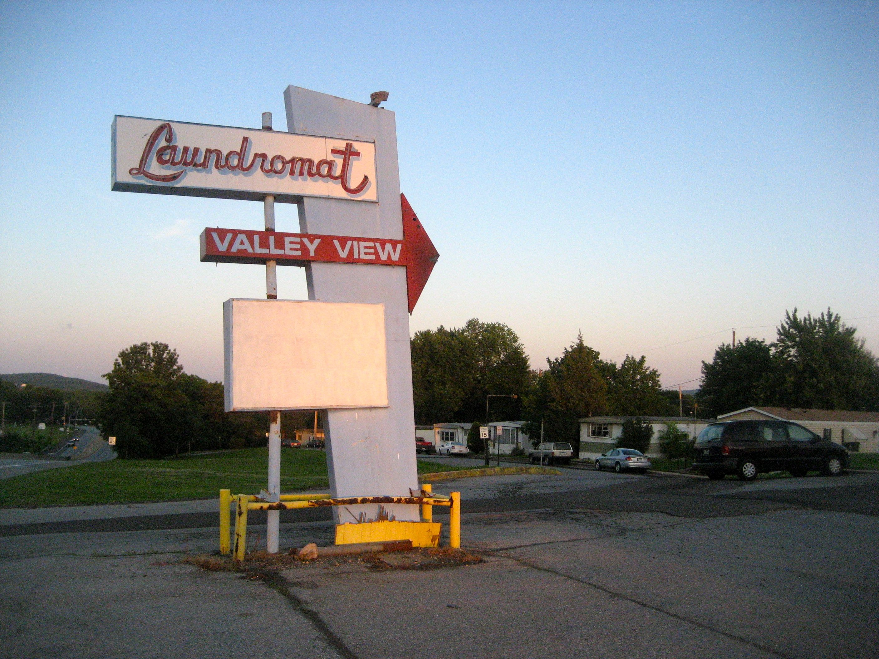 Old Laundromat Signs Simple Pinandrew Pisula On Typeoooohh  Pinterest  Laundry Inspiration Design