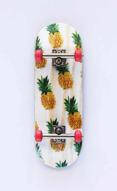 Now that's sk8r swag! #skating #skaters #pineapples