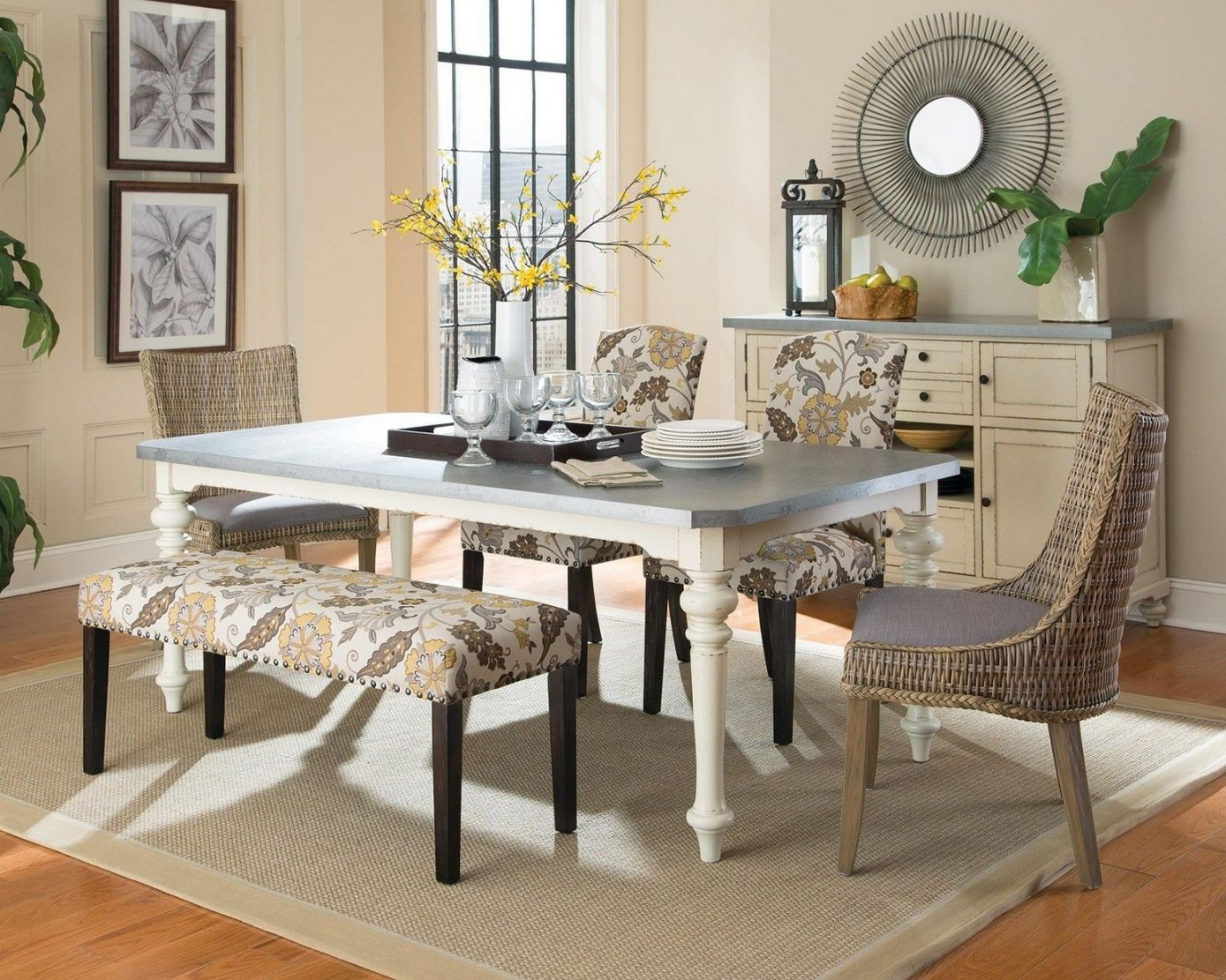 Captivating 70+ Small Dining Room Decorating Ideas   Interior Paint Colors For 2017  Check More At