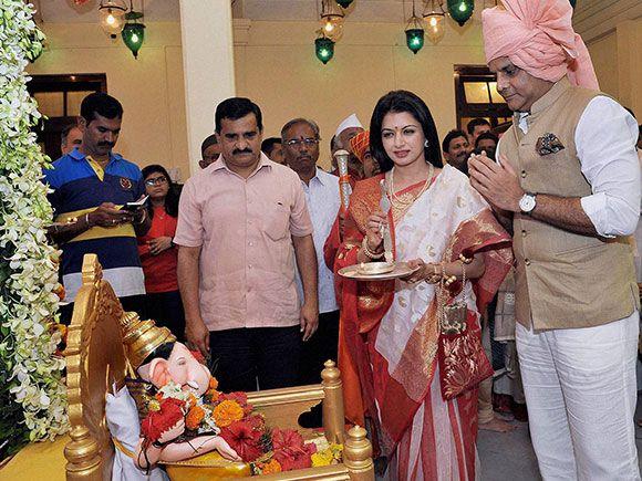 Bhagyashree patwardhan marriage photos Daily Journal eEdition