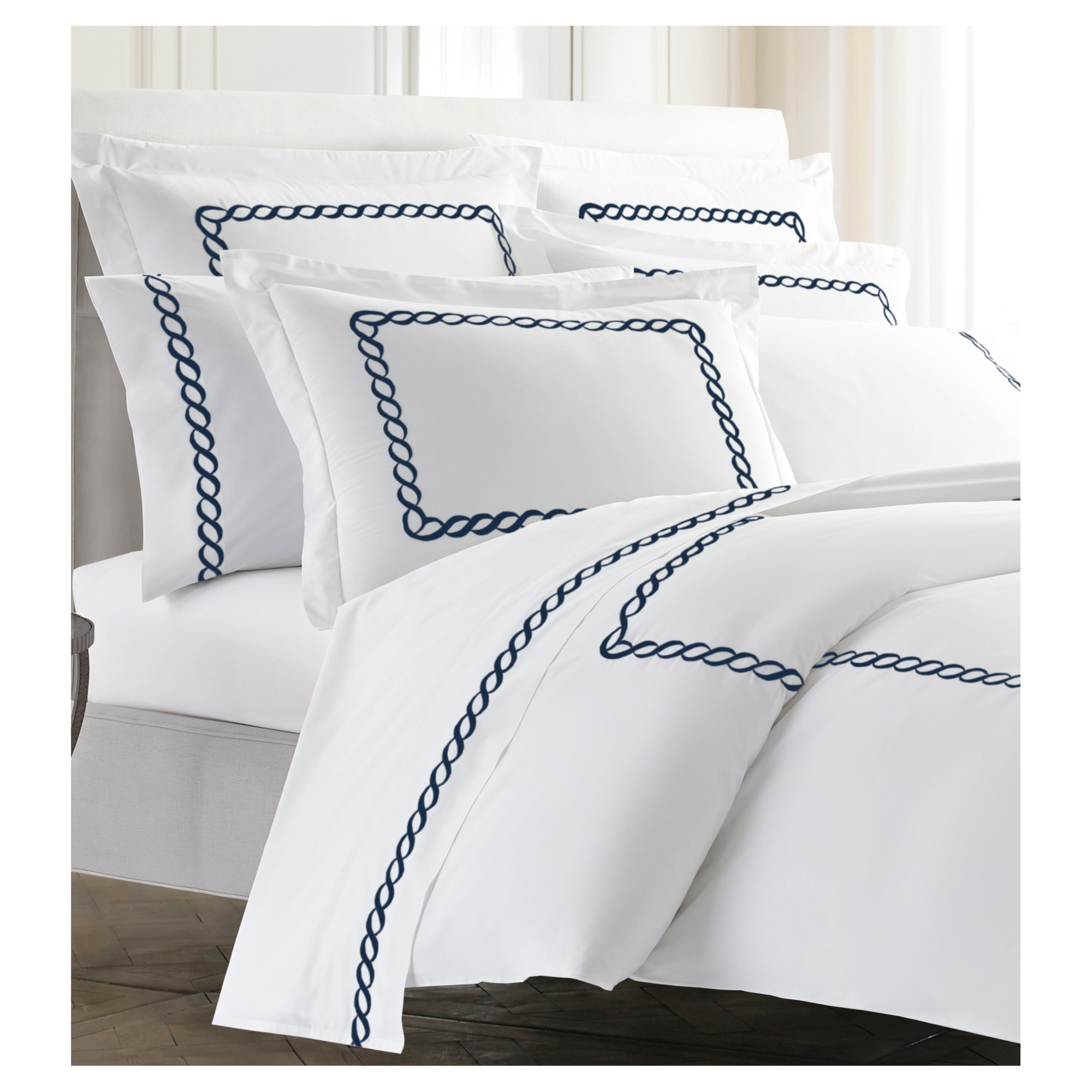 Pin By Wesley On Bedroom Duvet Cover Master Bedroom Blue And White Bedding King Duvet Cover
