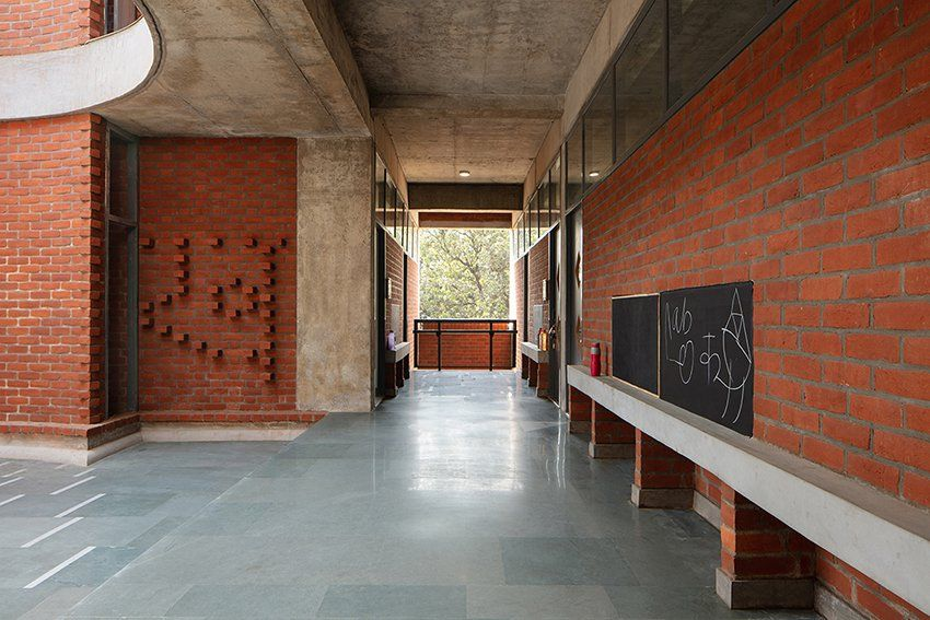 Shaily Gupta S School In India Features Brick Blocks Connected By A Floating Concrete Roof Roof Light Patio Roof Modern Roofing