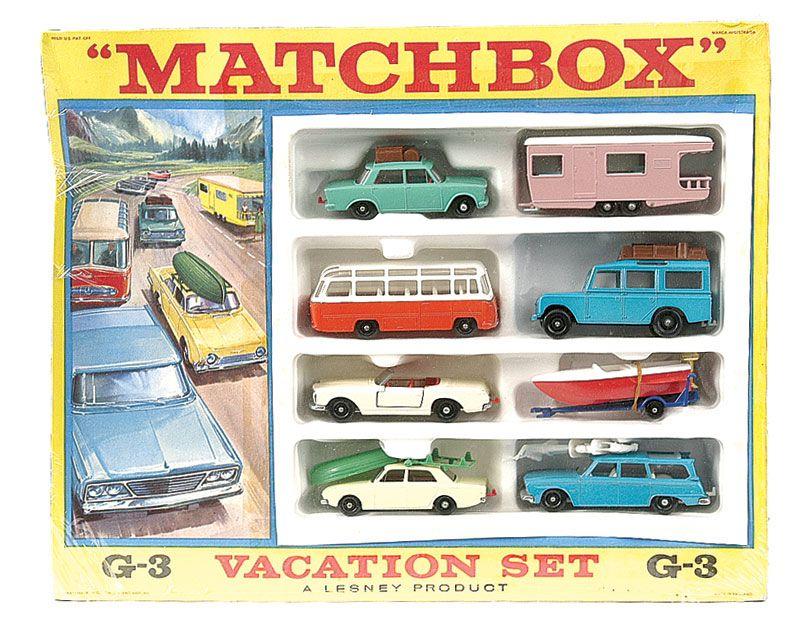 Matchbox Regular Wheels G3 Vacation Gift Set containing: No.12c Land Rover Safari - No.23d Trailer Caravan - No.27d Mercedes 230 SL - No.42b Studebaker Lark Station Wagon - No.48b Sports Boat on Trailer - No.56b Fiat 1500