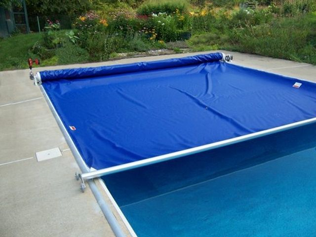 The many different functions of an automatic pool cover Automatic pool cover, Swimming pool safety, Pool safety covers
