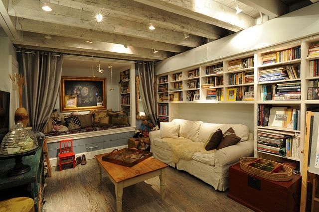 Excellent Cozy Basement With Exposed Beams Ideas