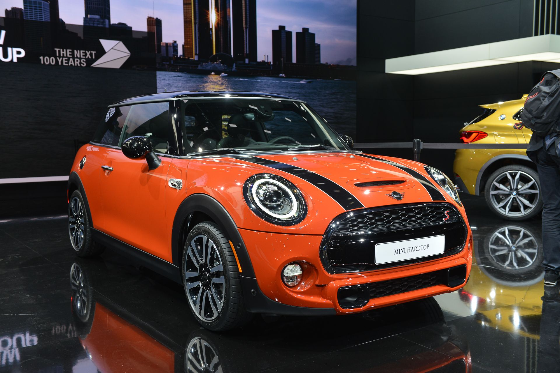 Mini Cooper Usa >> 2019 Mini Cooper Review First Look Interior And Exterior