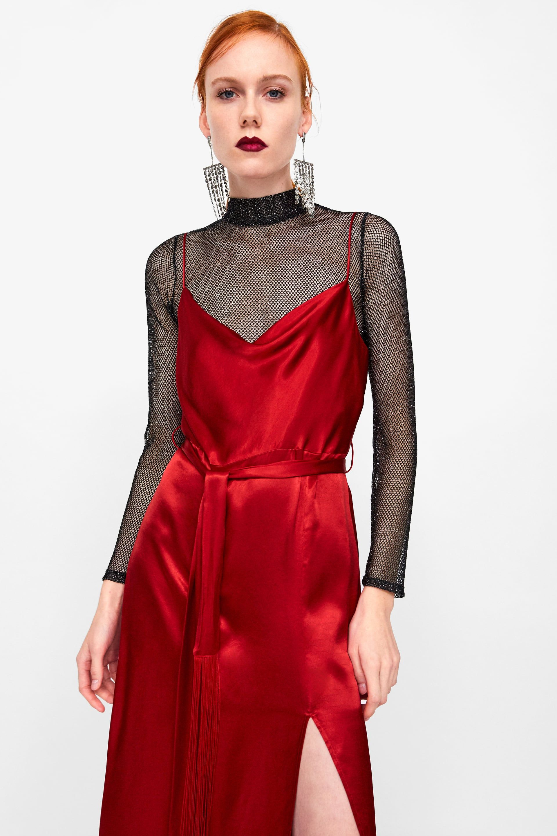 red dress ZARA  Rotes kleid outfit, Rot anziehen, Herbst kleid