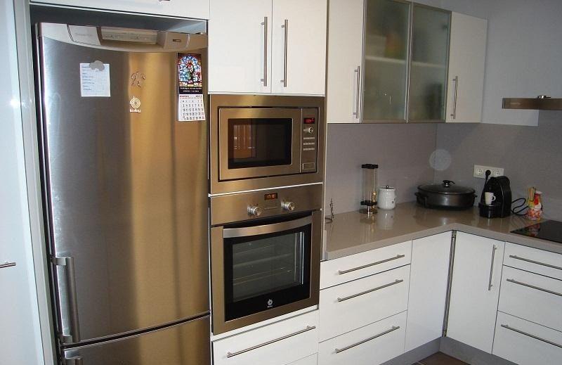Muebles de cocina de melamina bonito y barato con el for Muebles bonitos y baratos