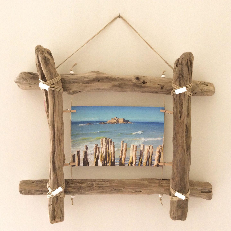 cadre photo en bois flotte par l atelier de corinne decorations murales par atelier de corinne