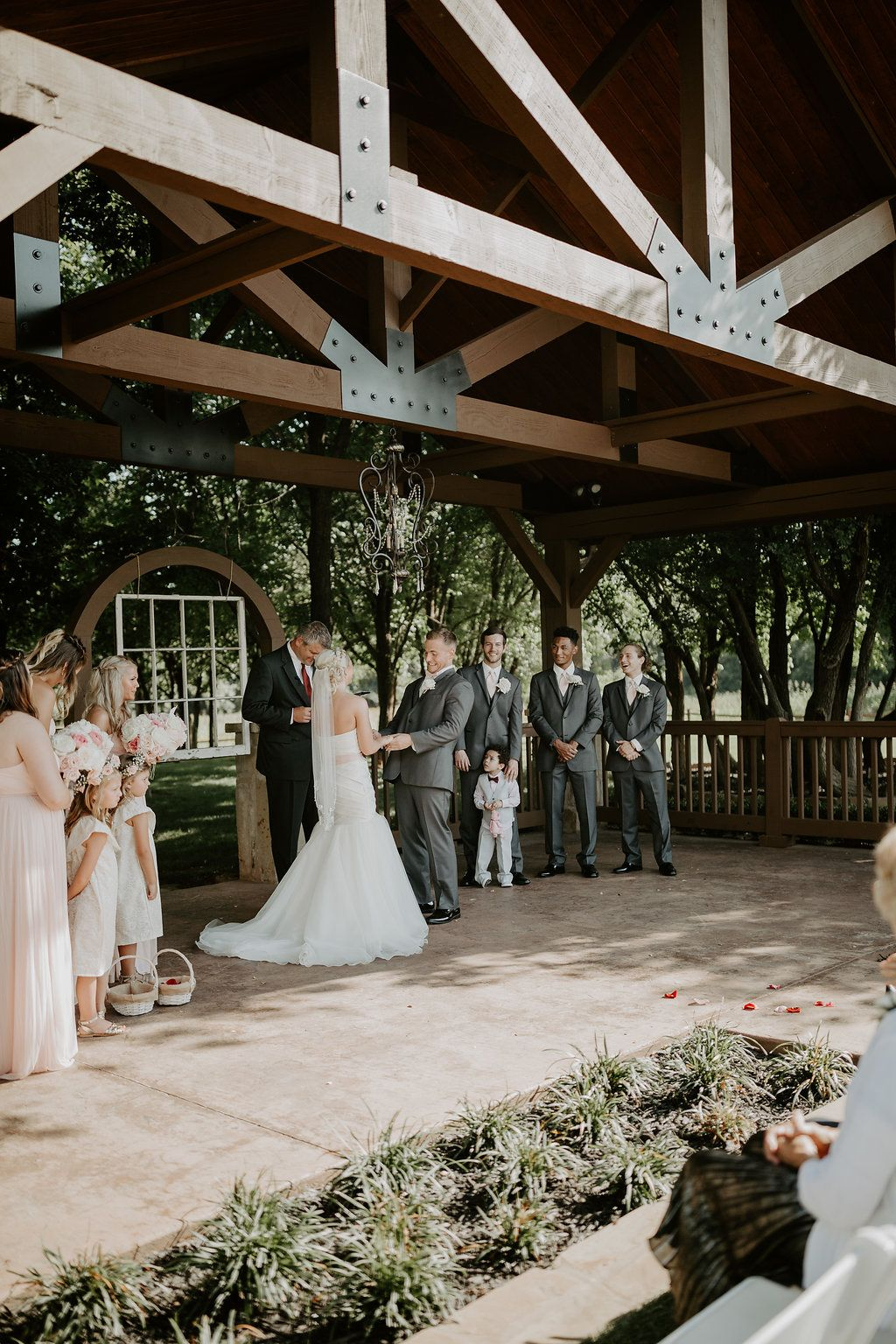 Outdoor Oklahoma Wedding Venue Outdoor Okc Wedding Venue Outdoor Oklahoma City Wedding City Wedding Venues Oklahoma Wedding Venues Summer Wedding Outdoor