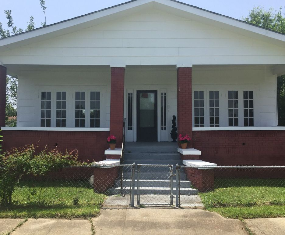 Check Out The Home I Found In Gulfport Renting A House Home Real Estate